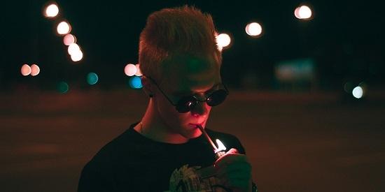 电子烟 吸烟 健康