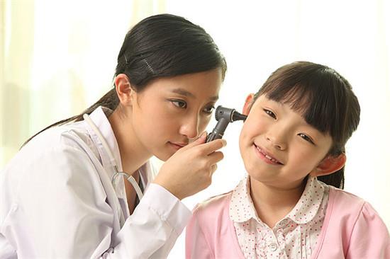打喷嚏 擤鼻子 掏耳朵 生活常识 健康隐患