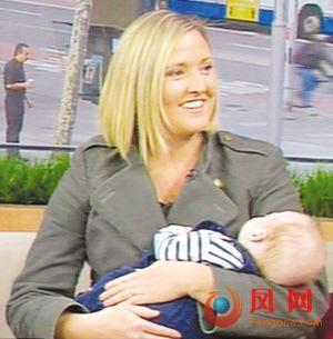 母亲抚摸2小时后救活已宣告死亡的早产儿