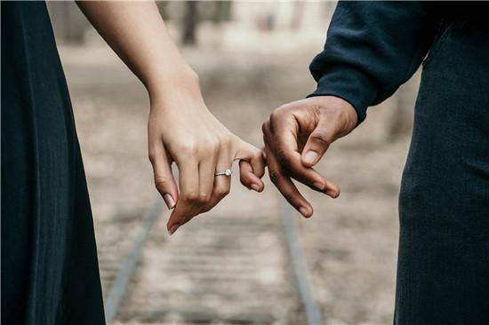 约嫖信息 夫妻感情 离婚 出轨