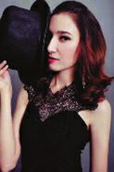 新疆最美女特警 迪丽热巴·牙合甫 女特警