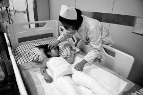 热水袋 5岁小女孩睡觉时被烫伤