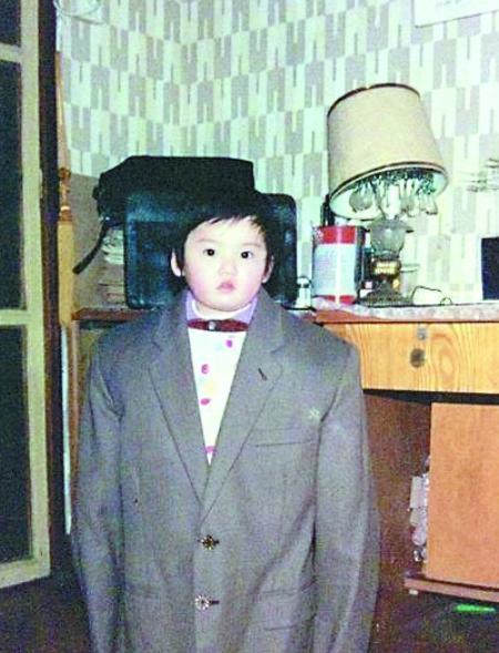 雷人 网友 童年照 穿越 打扮