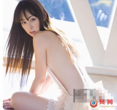 秋山莉奈 写真 日本第一美臀 泡泡浴 床照