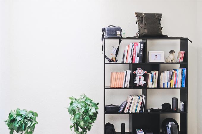 books-and-speakers-on-black-wooden-shelf-683929.jpg